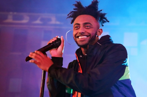 amine-performance-wonderland-2016-billboard-1548